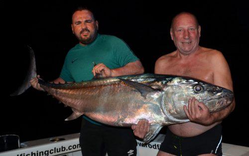 Thon dents de chien de 46kg pris en pêche a l'appât par Jacques - www.rodfishingclub.com - Ile Rodrigues - Maurice - Océan Indien