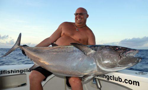 Thon dents de chien de 57.5kg par Fred en pêche a l'appât - www.rodfishingclub.com - Ile Rodrigues - Maurice - Océan Indien