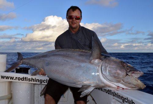 Thon dents de chien de 68kg pris en pêche a l'appât par Guy - www.rodfishingclub.com - Ile Rodrigues - Maurice - Océan Indien