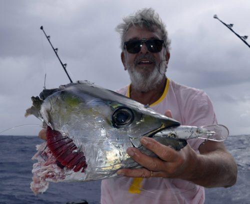 Reste d'un thon jaune pris en pêche a la traîne - www.rodfishingclub.com - Ile Rodrigues - Maurice - Océan Indien