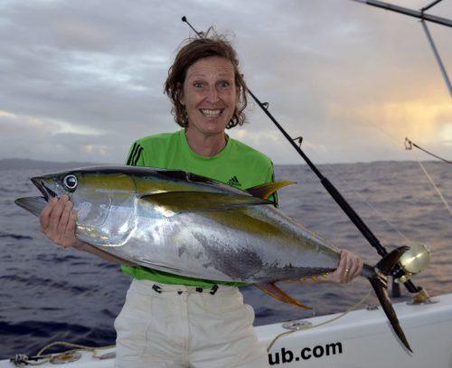 Thon jaune de 19kg pris en pêche a la traîne par Dominique - www.rodfishingclub.com - Ile Rodrigues - Maurice - Océan Indien