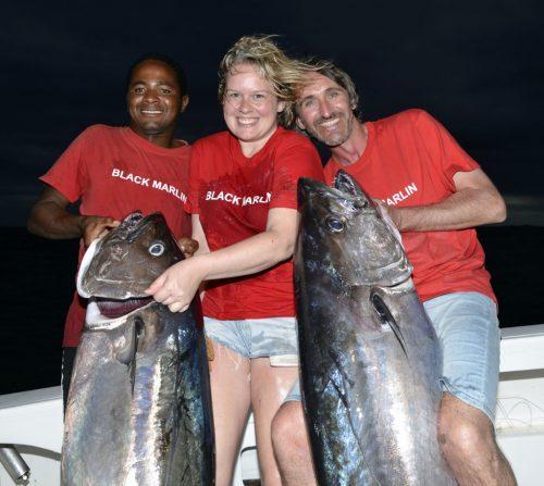 Thons dents de chien de 40 et 45kg pris par Eric et Alanah - www.rodfishingclub.com - Ile Rodrigues - Maurice - Océan Indien