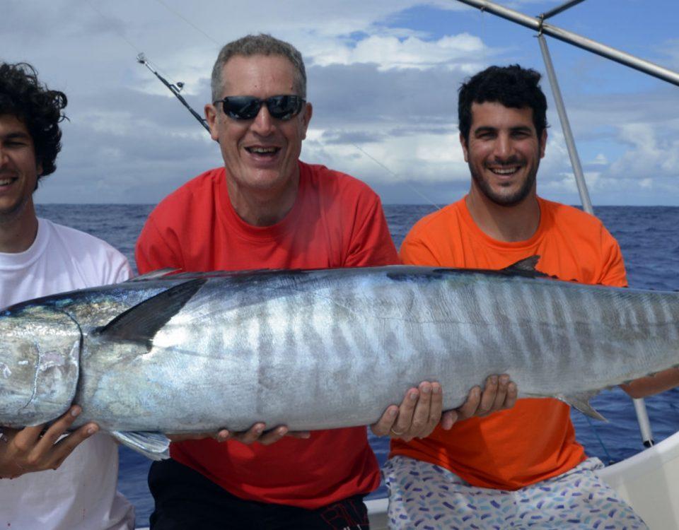 Wahoo de 37.5kg par Patrick en pêche a la traîne - www.rodfishingclub.com - Ile Rodrigues - Maurice - Océan Indien