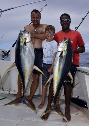 Doublé de thons jaunes en pêche a la traîne - www.rodfishingclub.com -Rodrigues - Maurice - Océan Indien