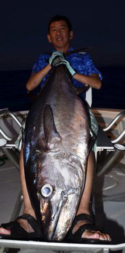 Magnifique thon dents de chien pris en slow jigging - www.rodfishingclub.com - Rodrigues - Maurice - Océan Indien