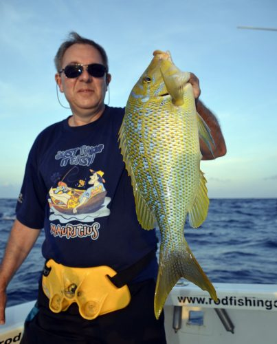 Capitaine en pêche a l'appât - www.rodfishingclub.com - Rodrigues - Maurice - Océan Indien