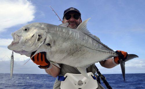 GT relâché en pêche au jig - www.rodfishingclub.com - Rodrigues - Maurice - Océan Indien
