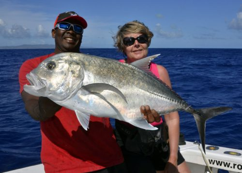 Good GT on jigging by Armelle - www.rodfishingclub.com - Rodrigues - Mauritius - Indian Ocean