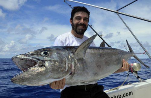 Beau thon dents de chien en pêche a l'appât par Zeb - www.rodfishingclub.com - Rodrigues - Maurice - Océan Indien