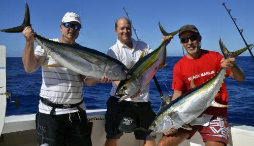 Triplé de thons jaunes en pêche a la traîne - www.rodfishingclub.com - Rodrigues - Maurice - Océan Indien