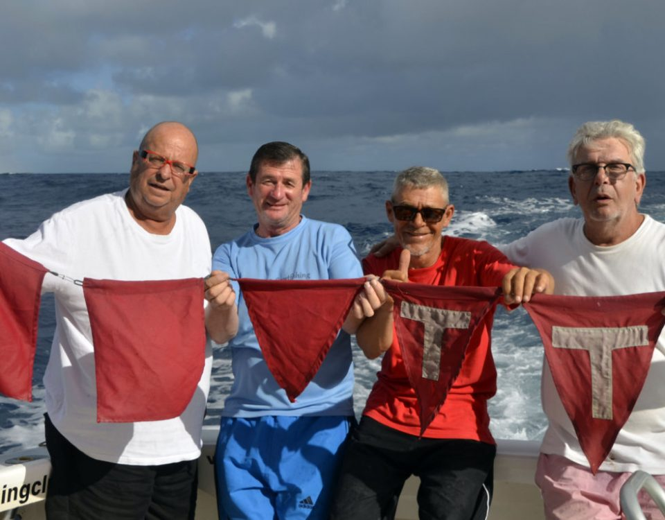 5 pavillons pour la Sharky Team - www.rodfishingclub.com - Rodrigues - Maurice - Océan Indien