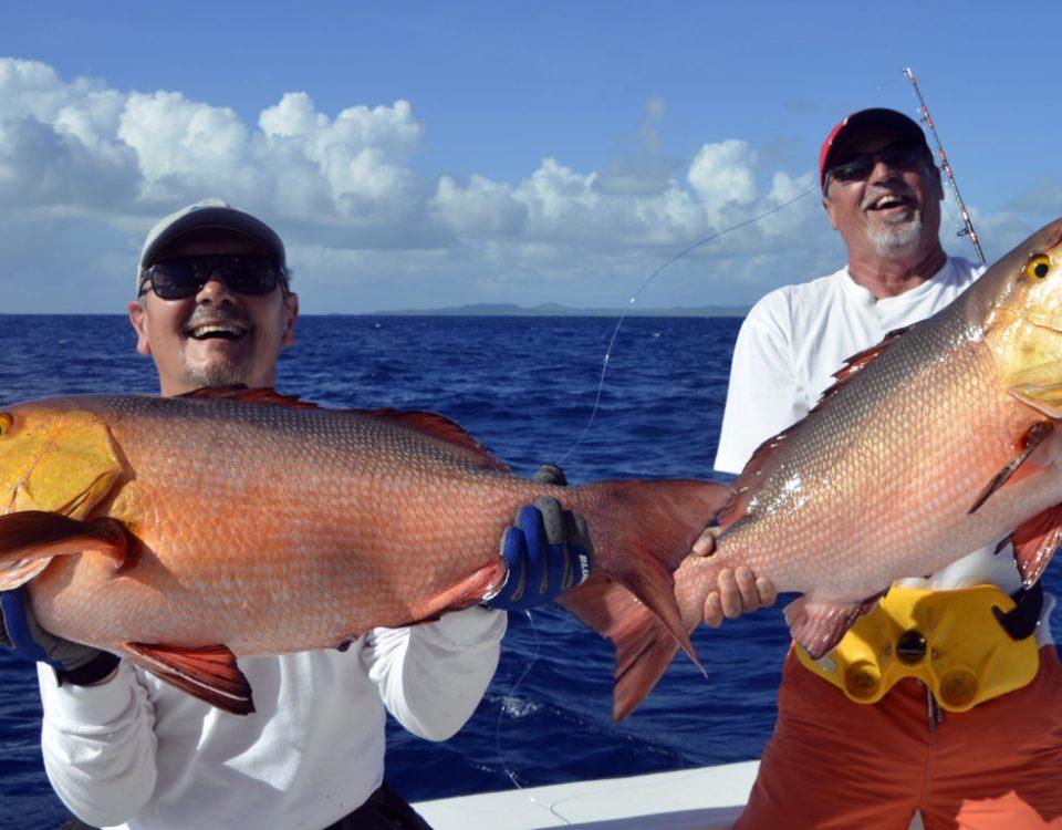 Doublé de carpes rouges en pêche a l'appât - www.rodfishingclub.com - Rodrigues - Maurice - Océan Indien