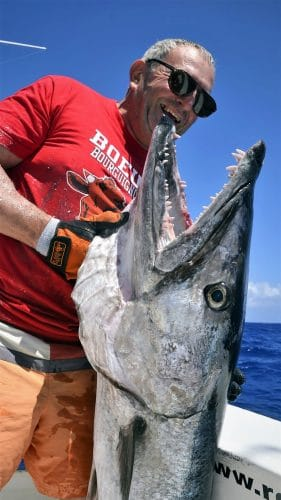 Barracuda en peche au vif par Philippe nouveau record du club - www.rodfishingclub.com - Rodrigues - Maurice - Ocean Indien
