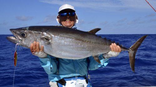 Beau thon dents de chien en peche au jig parPhilippe - www.rodfishingclub.com - Rodrigues - Maurice - Ocean Indien