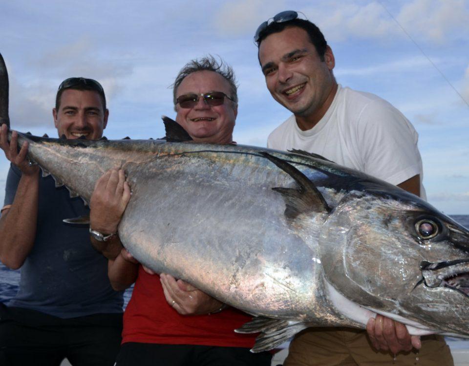 Thon a dents de chien de 60kg en peche au vif - www.rodfishingclub.com - Rodrigues - Maurice - Ocean Indien
