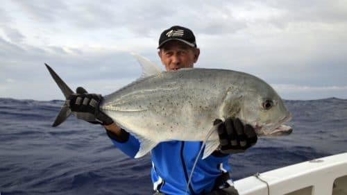 GT en peche au jig - www.rodfishingclub.com - Rodrigues - Maurice - Ocean Indien