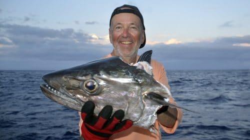 Thon dents de chien en peche a l appat coupé par un requin - www.rodfishingclub.com - Rodrigues - Maurice - Ocean Indien