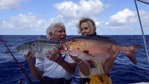 Carpe rouge et poisson poulet en pêche a l'appât - www.rodfishingclub.com - Rodrigues - Maurice - Océan Indien