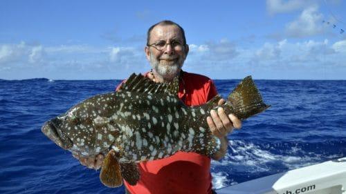 Mérou plate en peche au jig par Pascal - www.rodfishingclub.com - Rodrigues - Maurice - Océan Indien