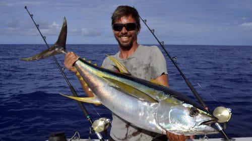 Thon jaune en peche a la traine par Romain - www.rodfishingclub.com - Rodrigues - Maurice - Océan Indien