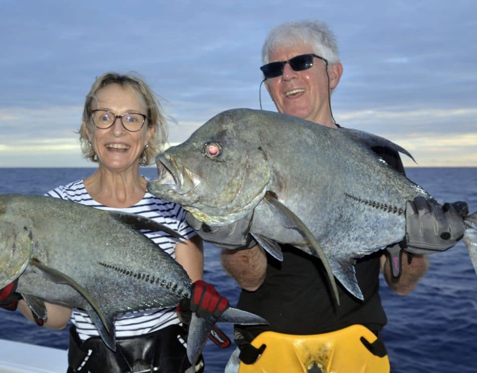 Carangues lugubris en peche a l appat - www.rodfishingclub.com - Rodrigues - Maurice - Ocean Indien
