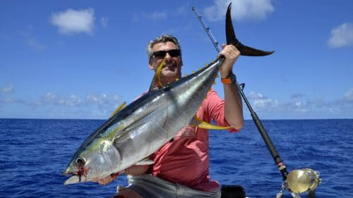 Thon jaune en peche a la traine par JP - www.rodfishingclub.com - Rodrigues - Maurice - Océan Indien