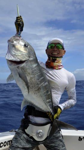 GT prise en peche au jig - www.rodfishingclub.com - Rodrigues - Maurice - Océan Indien